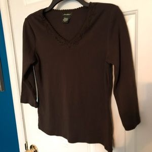 Eddie Bauer Brown 3/4 length sleeves top